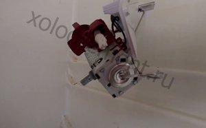 Замена терморегулятора холодильника Zanussi ZRB 34 NC - zanussZRB4.jpg